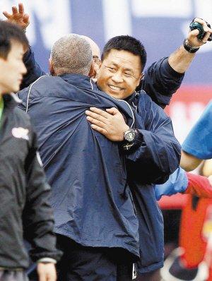 深圳校园足球建科学培训体系李玮锋公司驰援