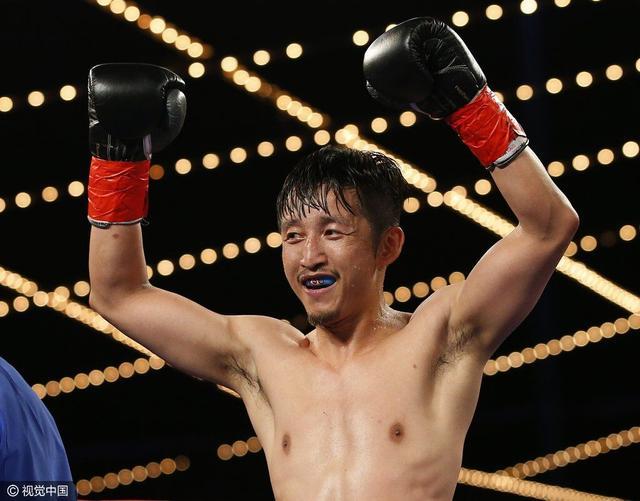 邹市明卫冕WBO国际金腰带 美国首秀十回合点胜