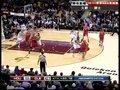 视频:火箭vs骑士 巴蒂尔击地传马丁侧跑上篮
