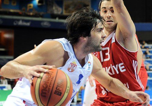 特奥复仇战发威取20分 塞尔维亚1分胜土耳其