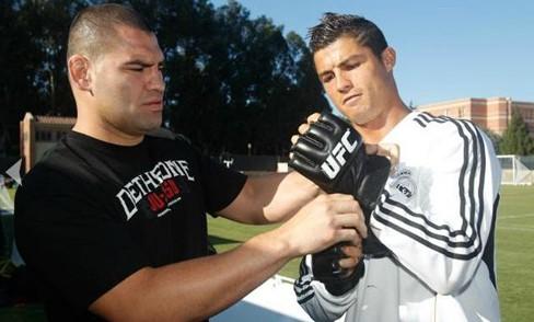 """关注UFC的""""大牌儿""""们 两罗纳尔多堪称顶级"""