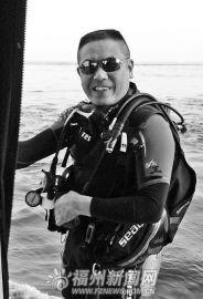 五旬户外运动达人:每年潜水多次 热带到北极