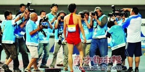 南都:刘翔一直是追逐焦点 但记者越来越淡定