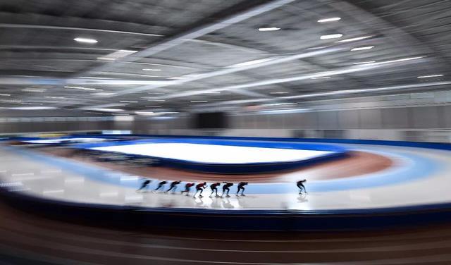 疾驰如风!国家速滑队短距离组长春训练集锦