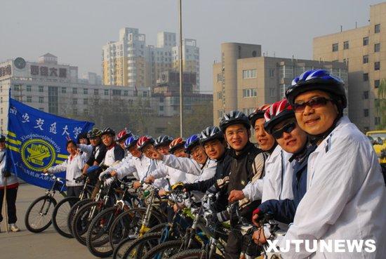完备体系助美大学掘金人才 中国试点初现成效