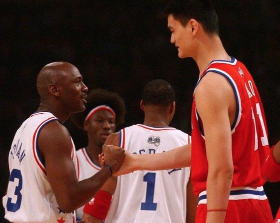 最伟大中美巨星PK 姚明vs乔丹谁是成功老板?