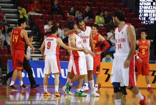 亚特拉斯杯:国奥首战伊朗