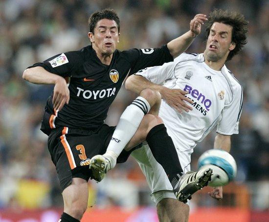 范尼将重返荷兰队 下赛季有望加盟瓦伦战皇马