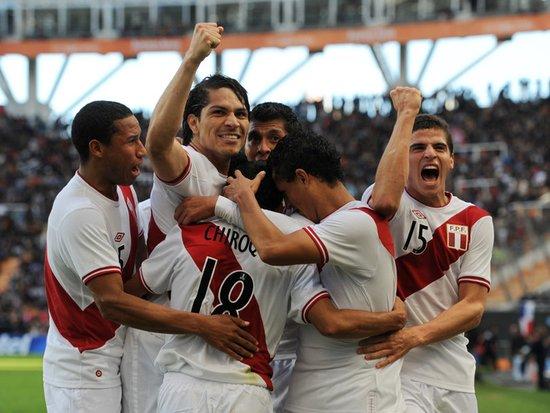 美洲杯-秘鲁4-1委内瑞拉夺季军 格雷罗进三球