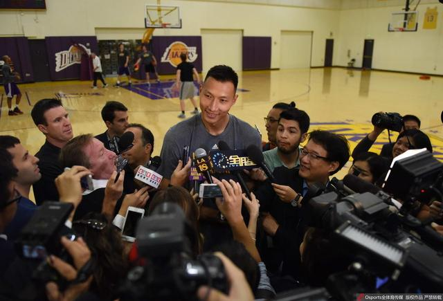 阿联被美媒问及CBA水平:NBA球员打也不轻松