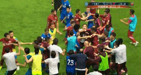 沪媒:奥斯卡并未违规 富力足球风格不叫血性