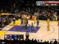 视频:黄蜂vs湖人 加索尔后卫式突破飞身上篮