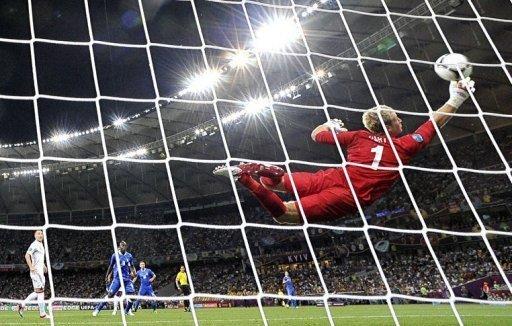 欧洲杯27场终见0比0  45脚射门绝无冷场时刻