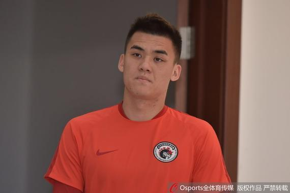 杨善平转会权健仍未签约 体育局不点头走不了