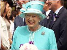 温网发言人:为迎接女王准备数月 精确到厘米