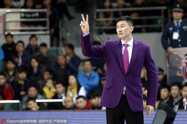 辽媒:杜锋煽动球迷起哄 有失教练身份该追罚