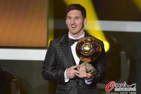 梅西获2012年FIFA金球奖 四连冠成历史第一人