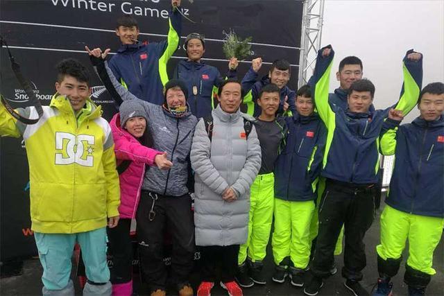中国残疾人单板滑雪实现历史突破