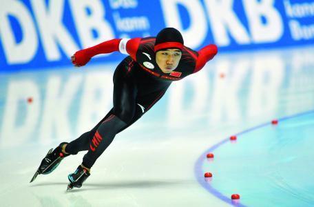 速滑总决赛高亭宇第八 张虹缺阵日本猛女摘金