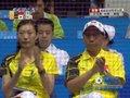 视频:羽毛球女团比赛进行中 张宁场边督战
