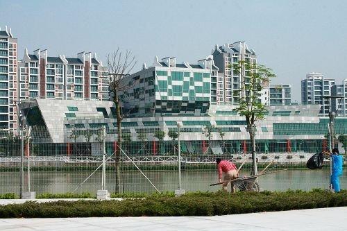 亚运村内人车分流 公交线可直达体育馆平台