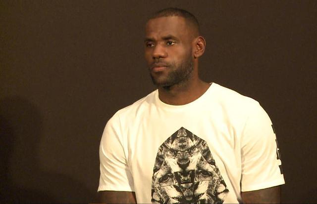 詹姆斯:把质疑当动力 我能成为历史最佳球员