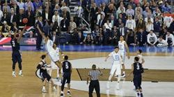 奥巴马电话祝贺NCAA冠军 表扬詹金斯绝杀太酷