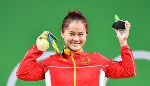邓薇:曾想过放弃v体育下一个体育东京奥运_目标南宁体操世锦赛男团图片