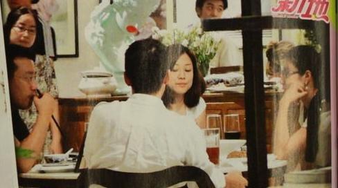 郭晶晶带霍启刚回京见家长 盼30岁前结婚(图)