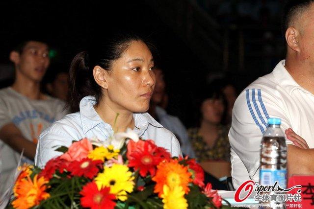 主帅否认与卞兰矛盾 公认性格主帅曾执教男篮