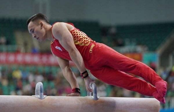 体操世锦赛肖若腾全能预赛第二 两新秀藏后手