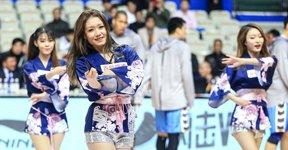 高清:篮球宝贝秀妖娆身材 甜美可人长腿吸睛
