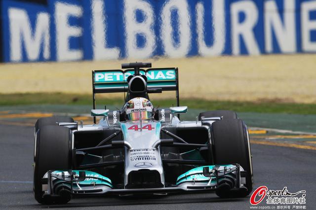 F1澳洲排位赛:小汉夺赛季首杆 四冠王Q2出局