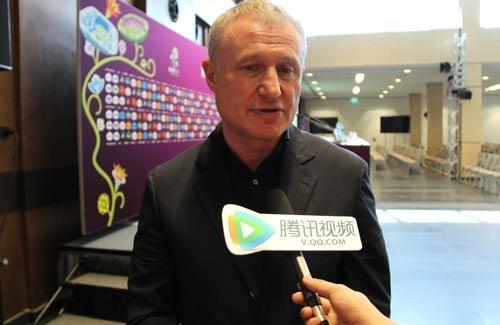 专访乌克兰足协主席:有望八强 体育政治分开