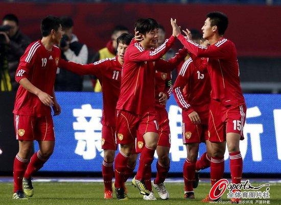 U22国足2-1力克韩国 中超新人王补时点球绝杀
