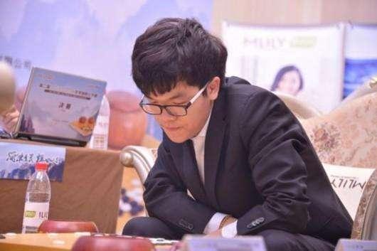 世界排名柯洁领先朴廷桓46分 TOP10中国占6席