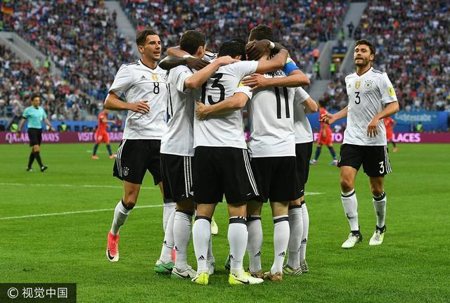 李毅:这个周末属于德国足球 智利令人尊敬
