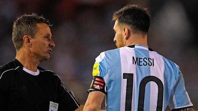 FIFA宣布梅西4场禁赛取消 哑巴亏?已执行1场