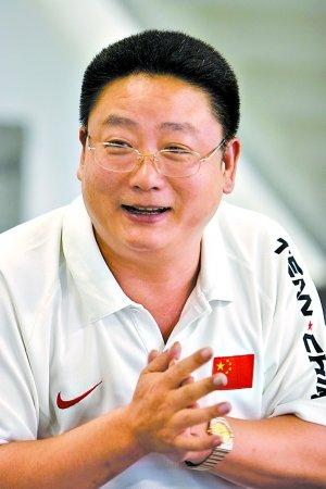 腾讯专访张亚东:提高生活水平比世博更重要