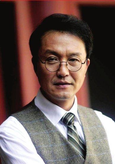 著名演员吴刚:买彩票是好事 但要适量(图)