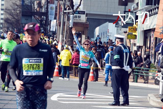 大人物-孤独跑者许飞 用音乐和跑步刺破生活