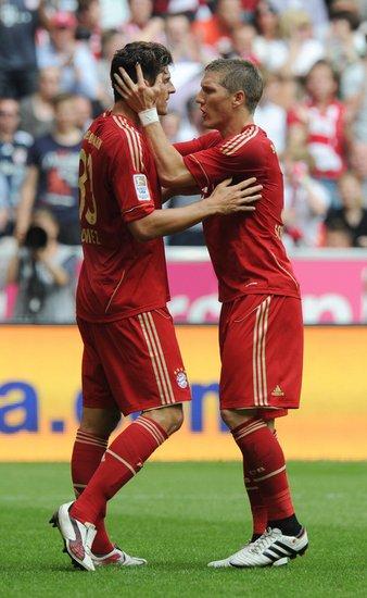 德甲-拜仁2-1逆转获季军 戈麦斯28球收获金靴
