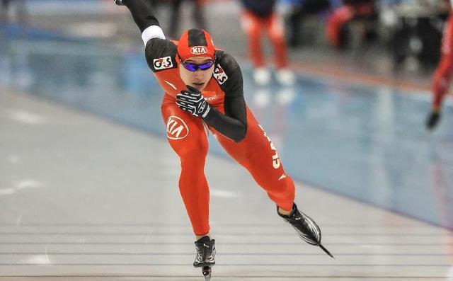 男子速滑500M俄名将破纪录 李佰林1500M第7