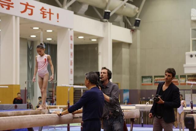 体操队测试现世界级动作 黄玉斌称满意冬训成果