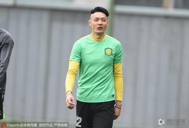 杨智换了新发型.图片