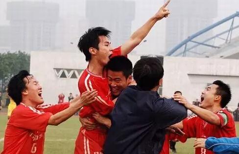 北理工的足球梦:学生军职业化之路又陷迷途