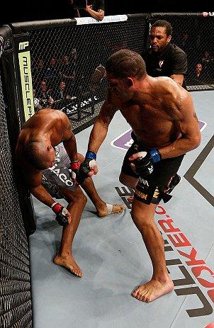 盘点UFC半年5大冷门 大肚佛毁灭者均遭重创