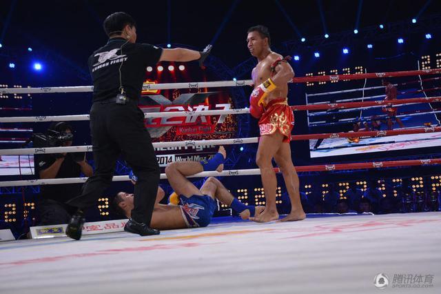 德甲 图片 视频  2014年7月27日,中国高端搏击赛事