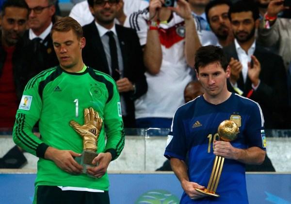 范加尔:金球该给德国人 阿隆索:诺伊尔最佳