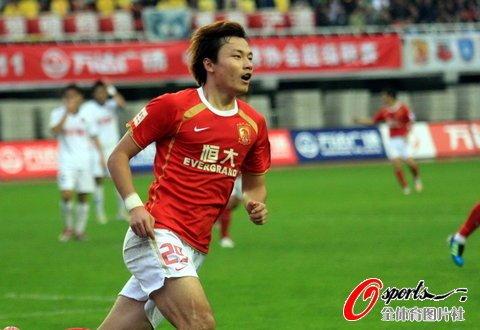 广州客场4-1陕西夺冠在望 郜林2球孔卡定胜局